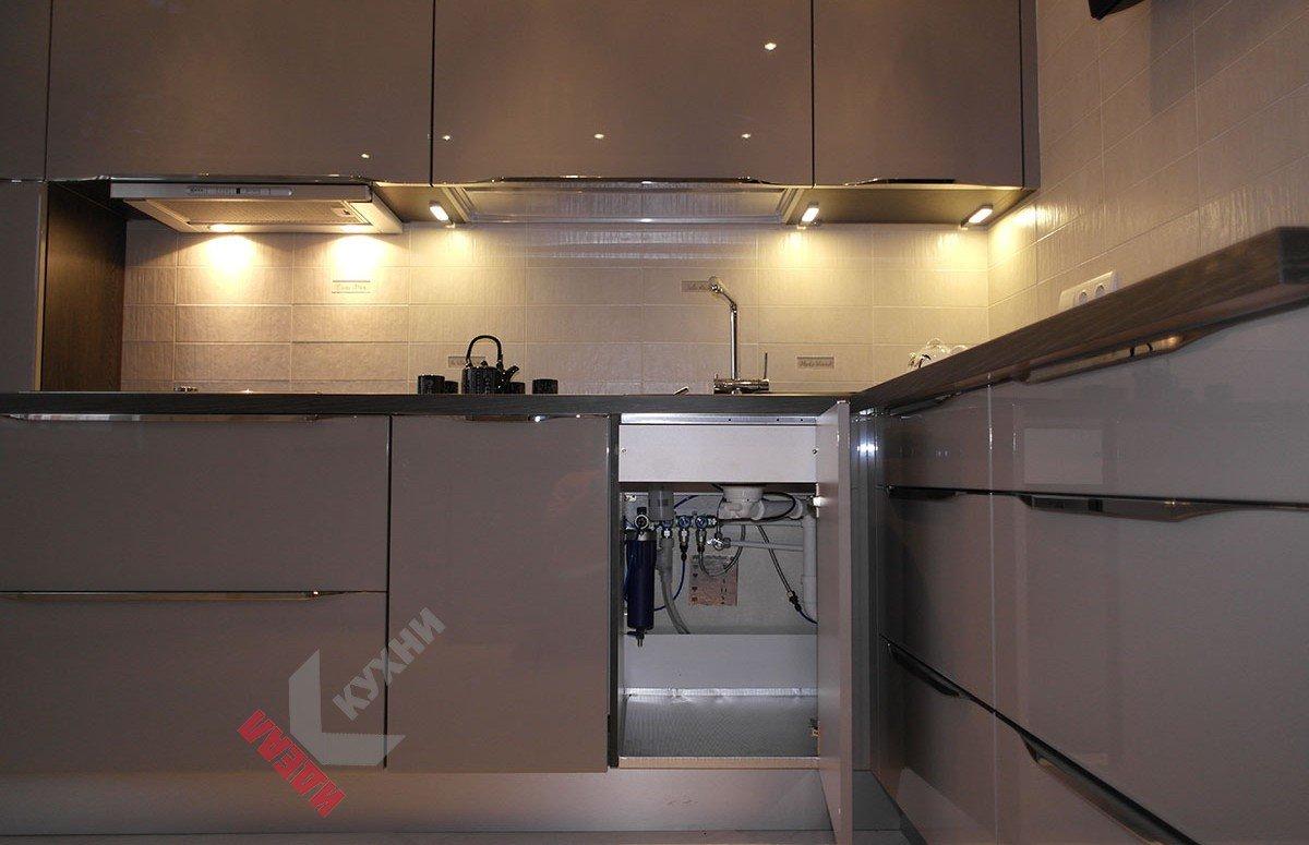Кухня из акрила №002