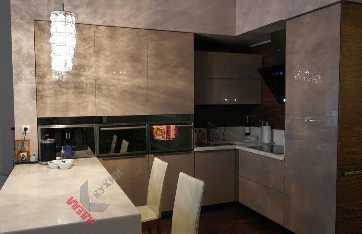 Кухня из акрила №009