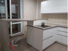Кухня из акрила №014