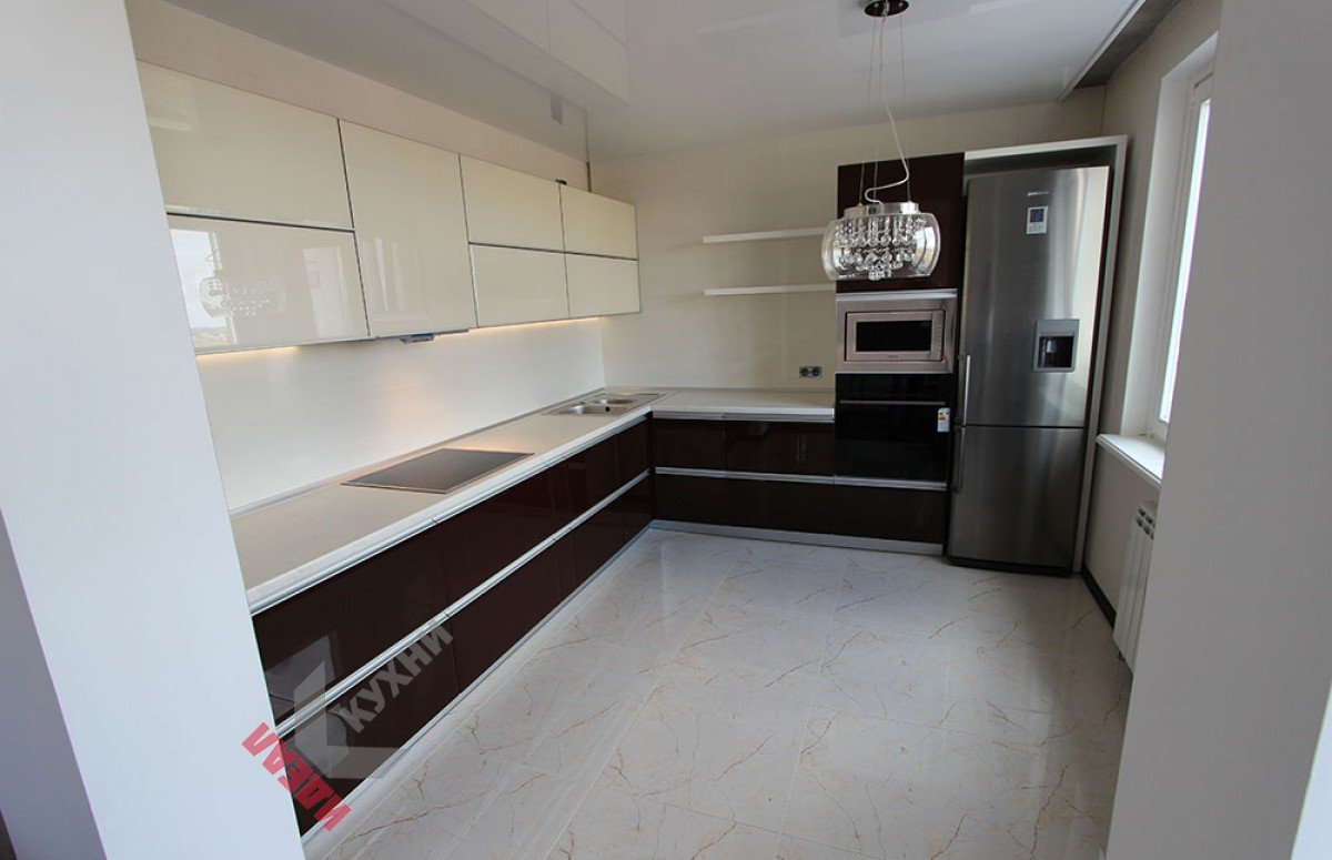 Кухня из пластика №012