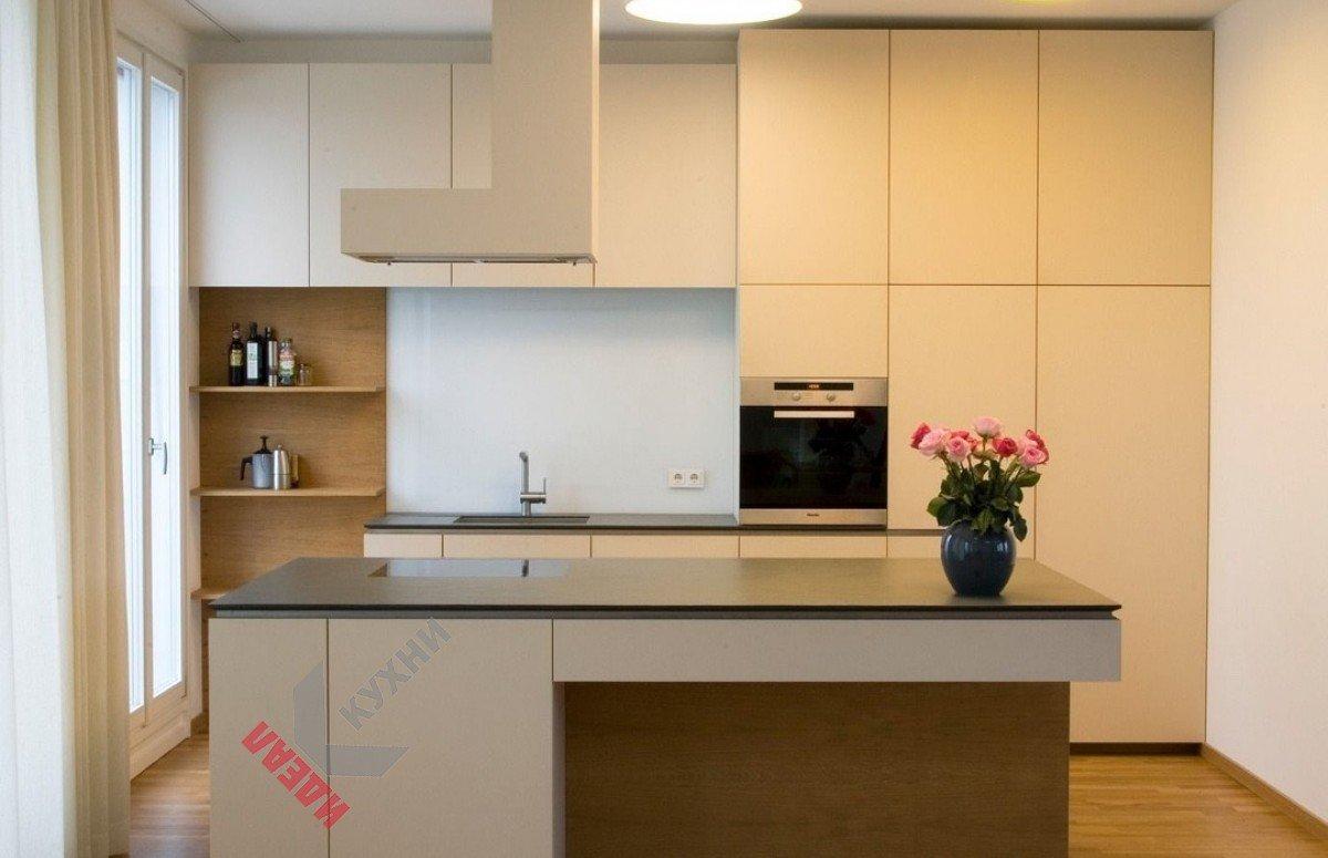 Кухня с островом №001