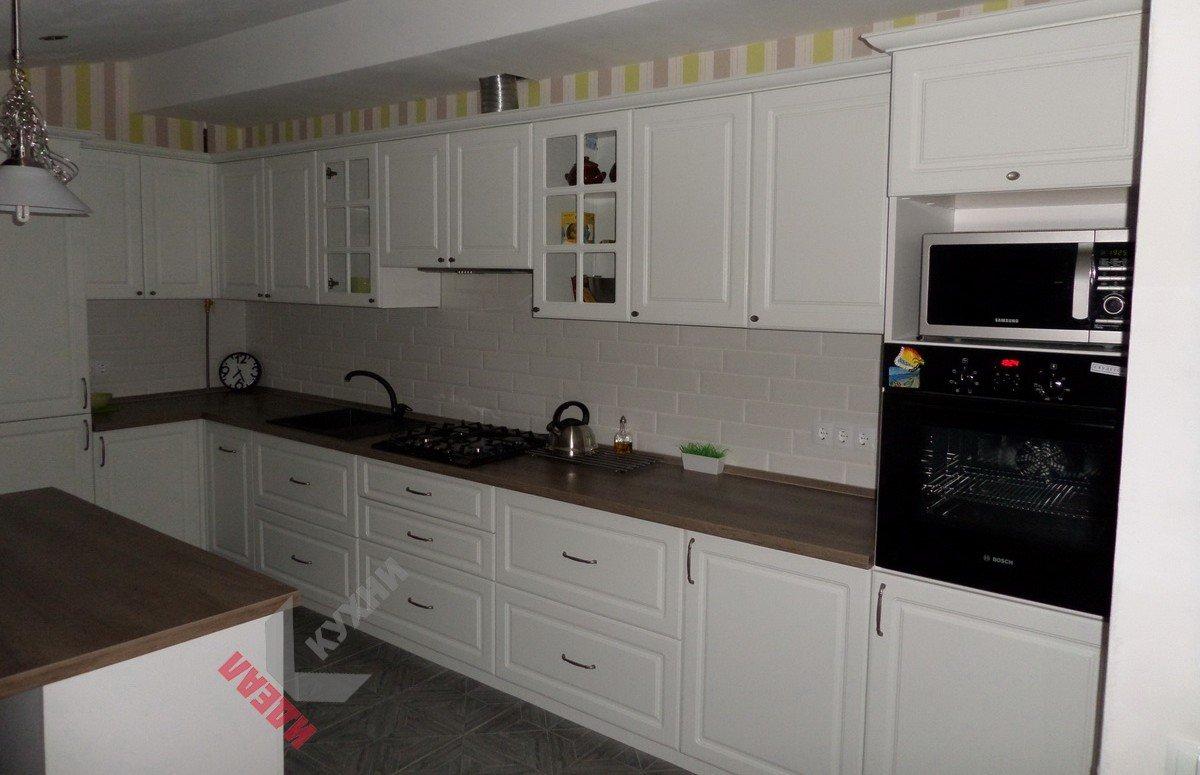 Кухня с островом №003