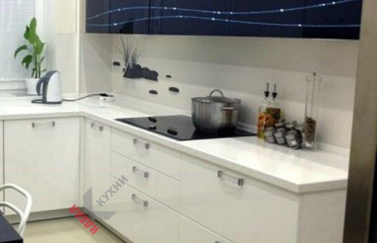 Маленькая кухня №002