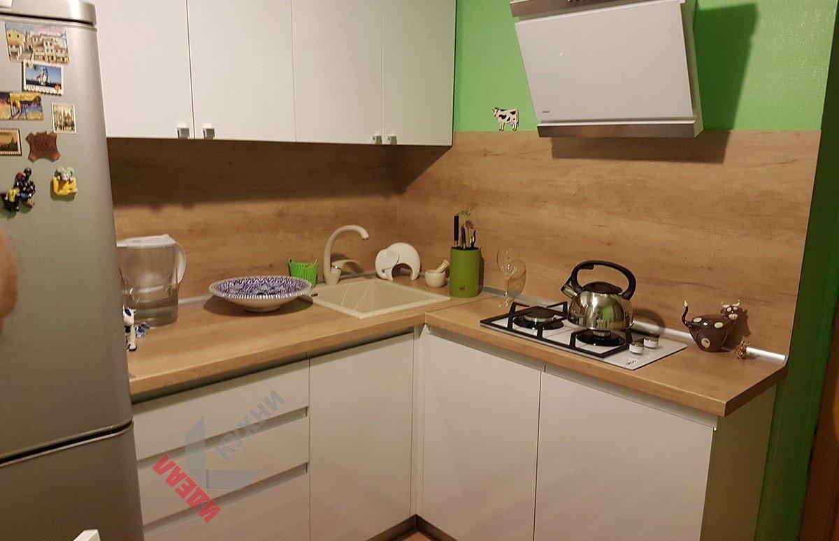 Маленькая кухня №003