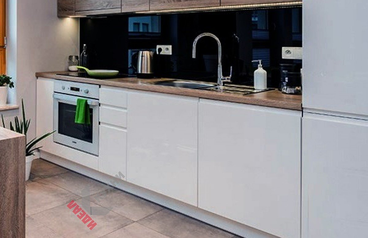 Кухня без ручек №005
