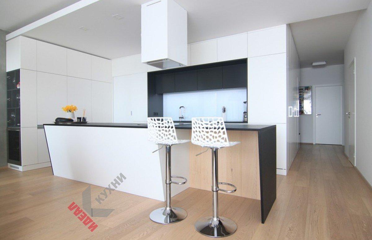 Кухня из пластика FENIX NTM №005