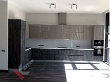 Кухня с фасадами Alvic №001