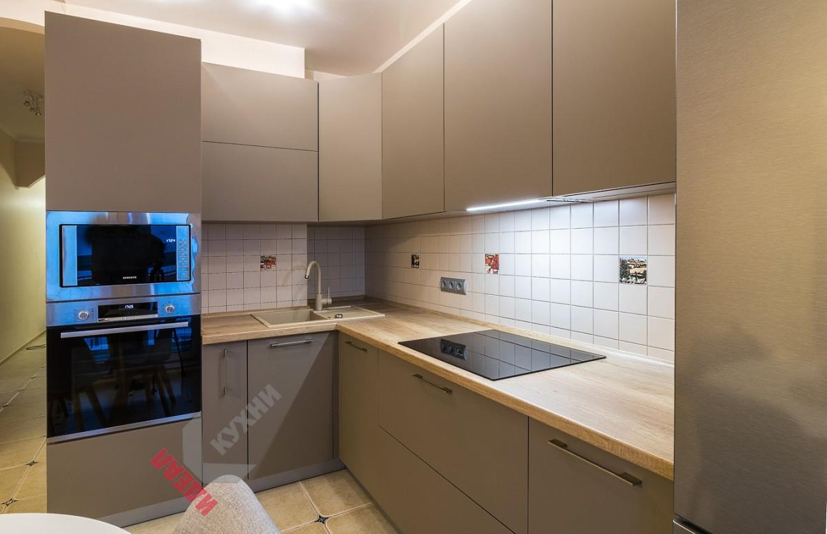 Кухня из ЛДСП EGGER №008