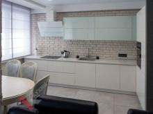 Угловая кухня №005
