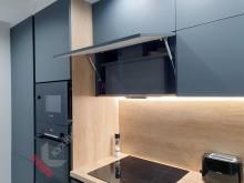 Кухня студия с фасадами Fenix NTM №14
